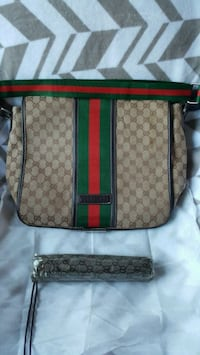 Gucci Computer Bag New, never been used .. With ma Decatur, 39327