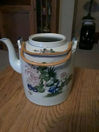 antique watering can Abbotsford