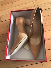 Size 8 Guess Heels (Tan/Nude)