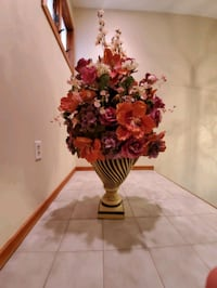 vase with flowers Southbury, 06488