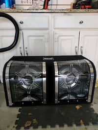 Dual 12in subs 1200 watts