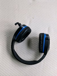 black and blue corded headphones Westminster, 21157