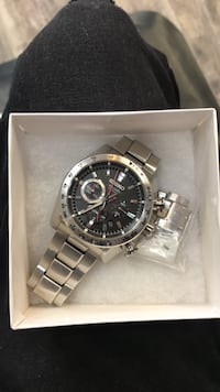 round silver chronograph watch with silver link bracelet in box Washington, 20024