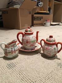 Miniature antique oriental tea set Hampstead, H3X 3G3
