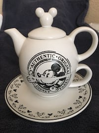 Disney Black White Teapot Plate Coffee 2059 mi