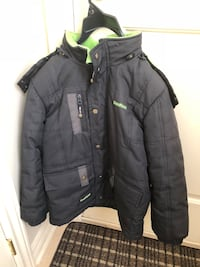 Boys winter jacket size 7 Montreal, H1J 1G2