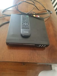 black media player with remote control