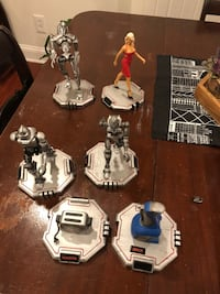 Battlestar Galactica Figures - with boxes! Baltimore, 21214