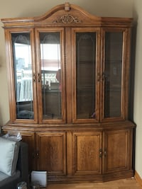 Hutch / China Cabinet New Tecumseth, L9R 1P5