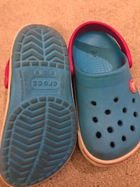 pair of blue Crocs rubber clogs Richmond Hill, L4S 2G4