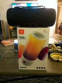 New in box JBL waterproof Bluetooth speaker with c Pearland, 77581