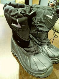 KID'S SNOW BOOTS SIZE:11 2242 mi