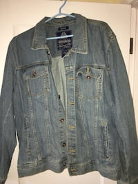 Vintage denim jacket  Winnipeg, R3M 3P2