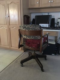 Antique office chair Surrey, V4N 3H1