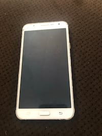 Samsung galaxy j7 cracked but useable works fine ! Marrero, 70072