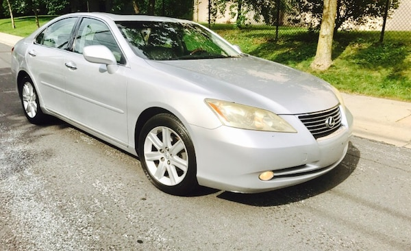 2007 Lexus ES •• Woodgrain•• Push to Start