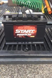 Never used car battery  Englewood, 34224
