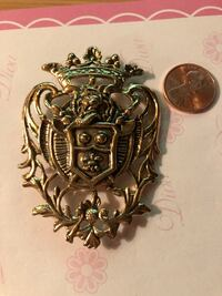 Vintage Large Royal type Shield Gold tone metal not lite in weight Decatur, 62521