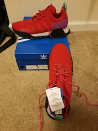 Brand New In Box Men Adidas Size 11.5