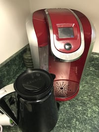 Red keurig with carafe Augusta, 30909
