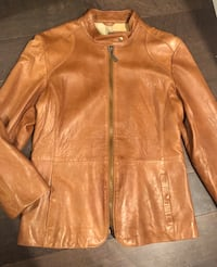 Authentic Doma leather jacket size large ~ retails $850+ Surrey, V4N 6A2