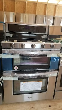 New Whirlpool Stainless Double Oven Gas Range  Linwood, 27299
