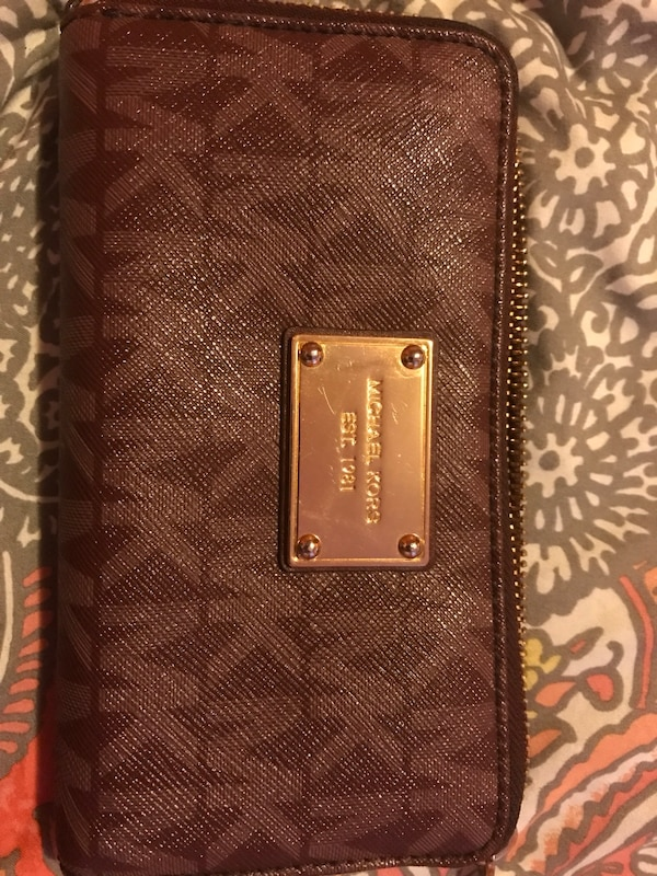 572418fa028 Used Burgundy Michael Kors wallet for sale in Lowell - letgo
