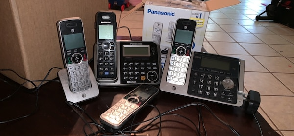 Panasonic and at&t wireless phones all together 095e085b-165b-4b19-a5d7-616808e01ac9