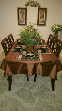 brown wooden dining table set Summerville, 29485