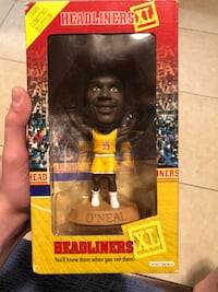 Shaq limited addition bobble head  Bell, 90201