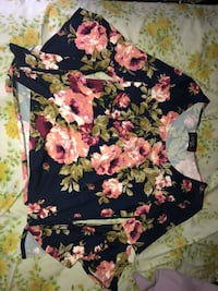 Floral top Omaha, 68137