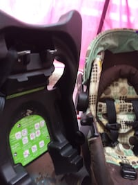 Baby car seat in very good condition  Mississauga, L4X 1R6