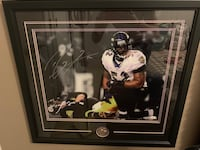 RAY LEWIS AUTOGRAPHED, MATTED & FRAMED PHOTO 16x20 with COA! Baltimore, 21212
