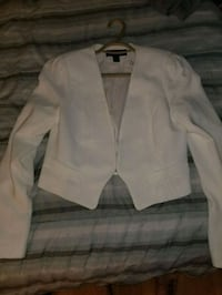 Medium white blazer Toronto, M1B 5J5