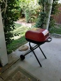black and red charcoal grill San Jacinto, 92583