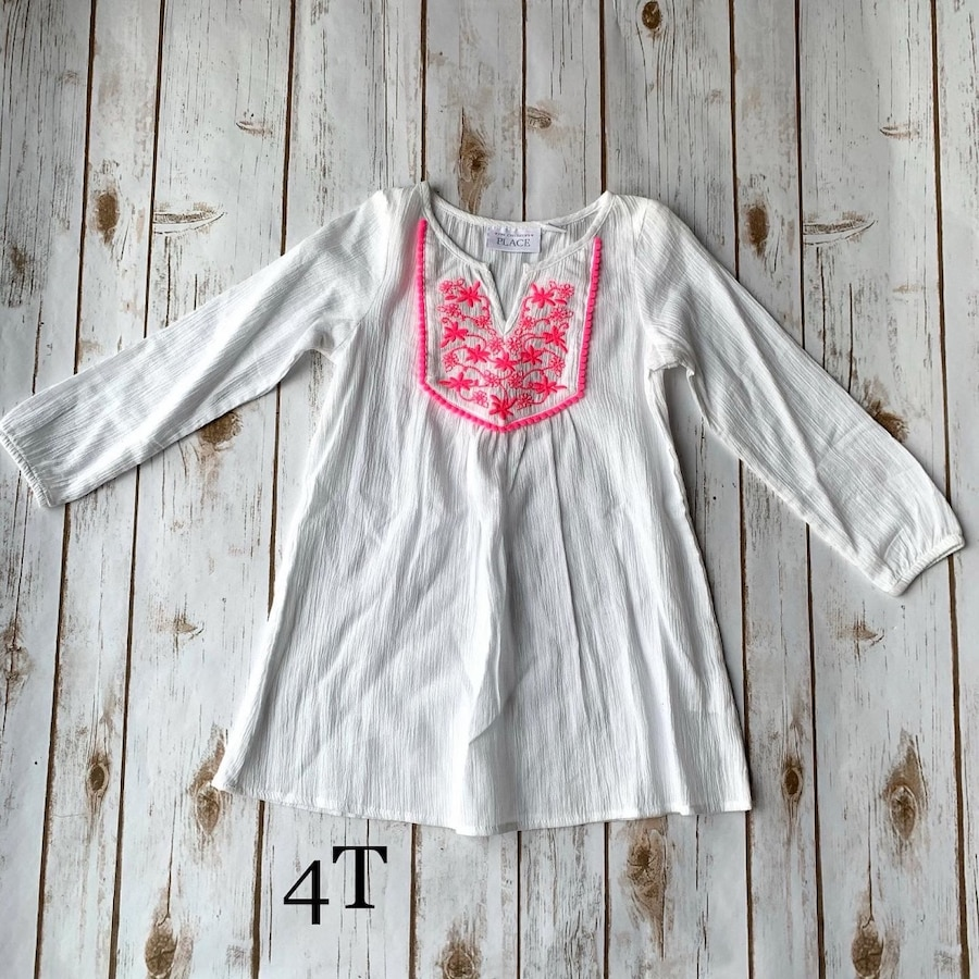 Photo Girls white dress used once 4T