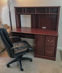 Computer desk with hutch and leather chair Purcellville, 20132