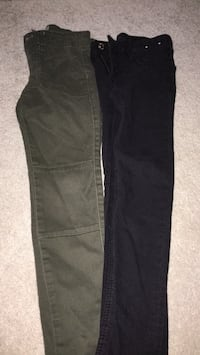 black and gray denim jeans New Tecumseth, L9R 1M4
