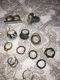 Lot of costume jewelry - rings Amesbury, 01913