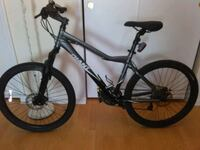 black and gray hardtail mountain bike