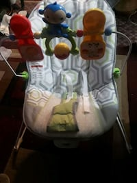 baby's white and green portable swing 2273 mi
