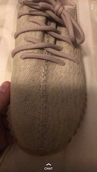 Oxford tan yeezy 350 size 11 (first edition yeezys) doesn't come w box as I destroyed it during a move Kitchener, N2K 1C1