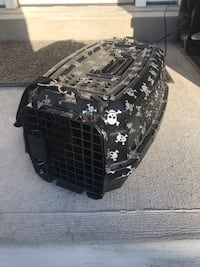Small Hardcase Pet carrier