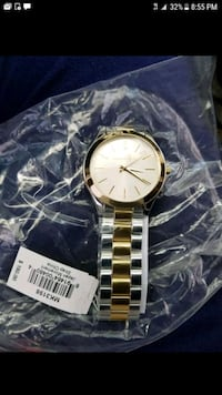 round gold-colored analog watch with link bracelet Arlington, 76015