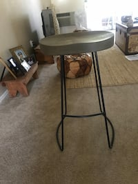 black and brown wooden side table Lake Forest, 92630