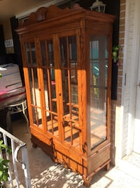 Wooden china cabinet with glass division  Miami, 33155