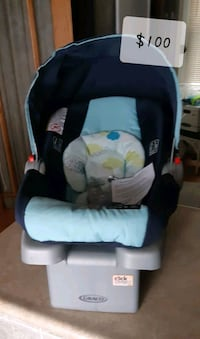 Band New - Graco Infant Carrier