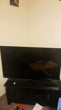 """50"""" element LED TV  *Broken But fixable"""