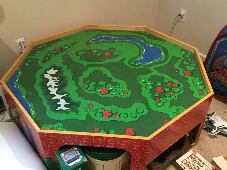 green and brown table