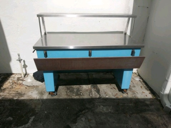Dockside Fish Cleaning Table On Wheels
